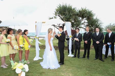 Dani & Dan – Just Married {Mick Schamburg Park, Miami – Kim-Maree Summers Celebrant}